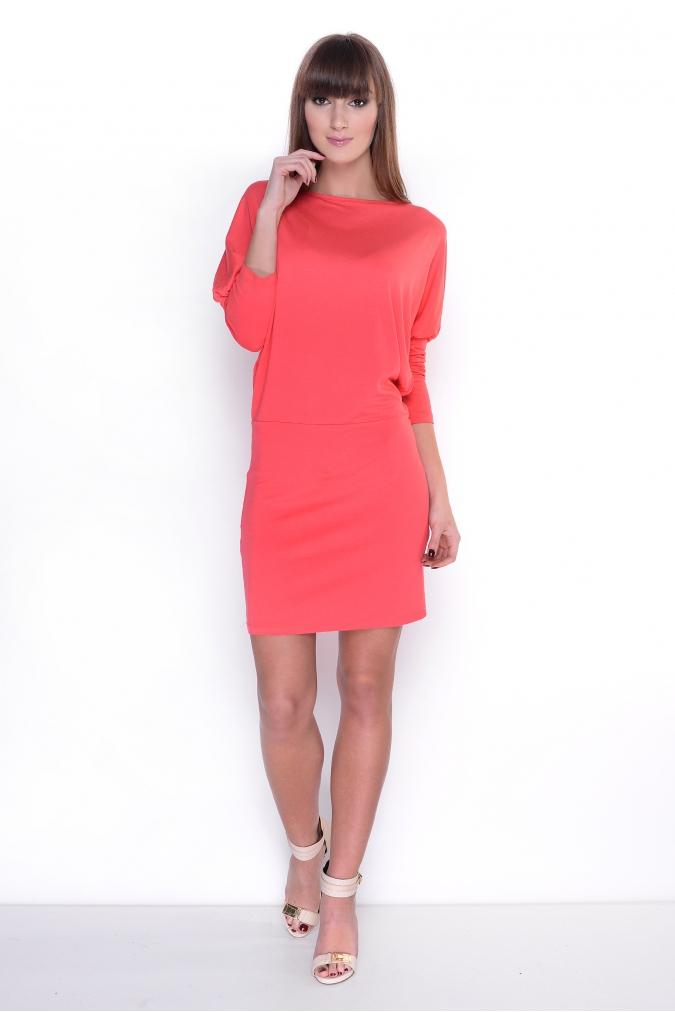 Šaty s netopýřími rukávy barva korálová