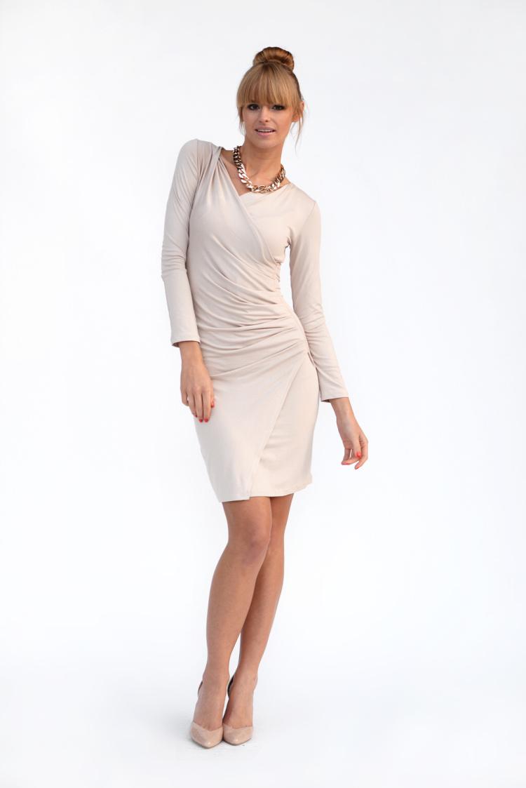 Řasené šaty s dlouhým rukávem a efektem sukně barva béžová