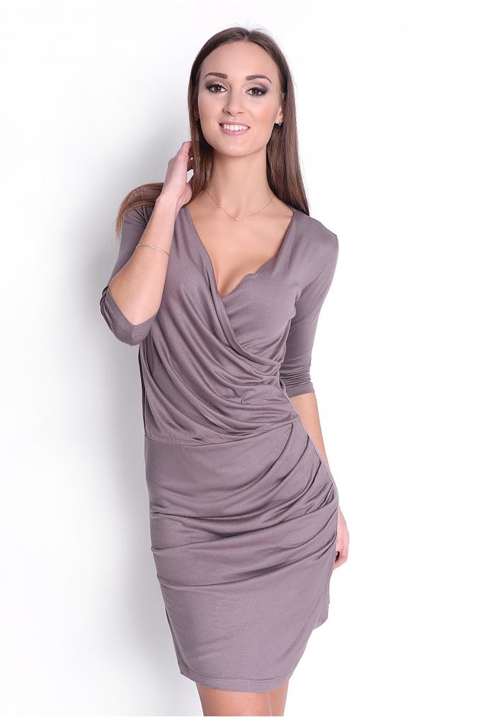 Řasené šaty s véčkovým výstřihem barva kapučíno XL