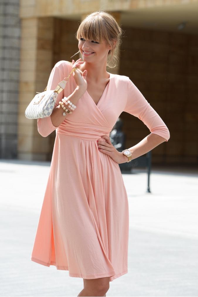 Delší vycházkové šaty s tříčtvrtečním rukávem barva broskvová XXXXL/XXXXXL