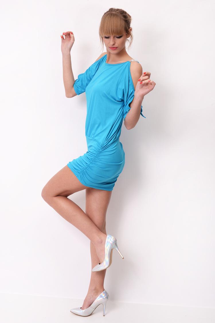 Krátké šaty s mašličkou a flitry na rukávech barva tyrkysová
