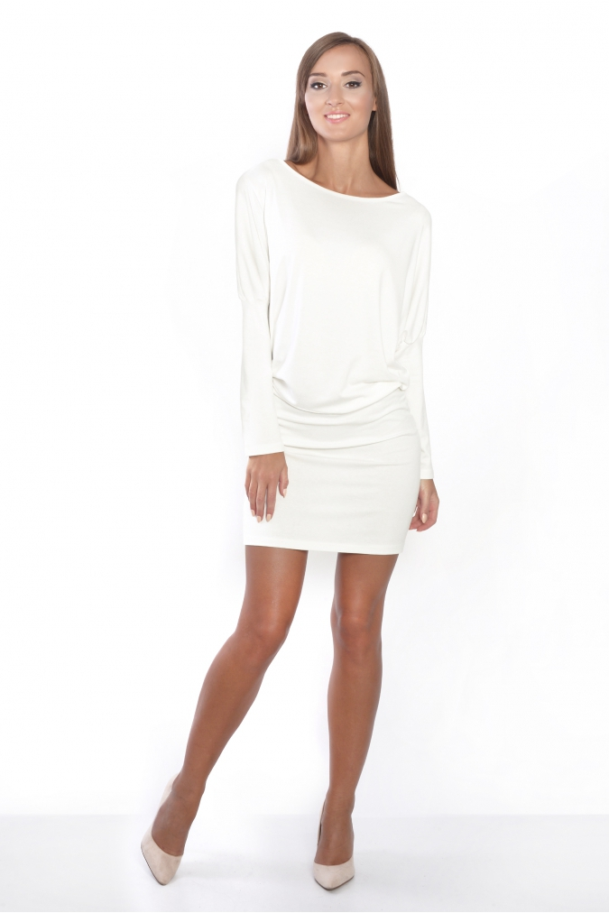 ebe5e15839d Šaty s netopýřími rukávy barva ecru