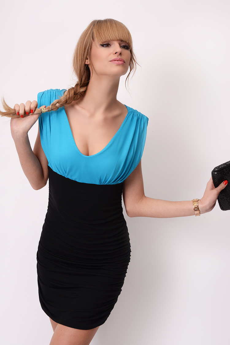 2c5acce281e Dvoubarevné šaty bez rukávů s řasením barva tyrkysová černá empty