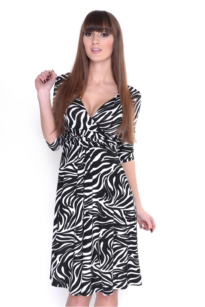 Delší vycházkové šaty vzor zebra empty f97f6a0860